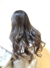 軽やかな春夏のヘアカラー.11