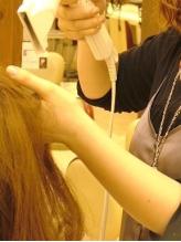 【《1日3名限定》縮毛矯正+カット¥10580】ダメージレスにこだわったナチュラルな縮毛矯正が魅力♪