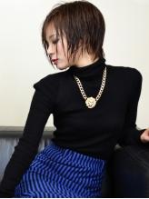 黒木瞳さん風トップにボリューム黒髪マニッシュモードショート 春色.53