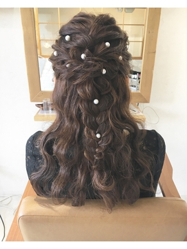 LiLy hair design ~ 編み込みハーフアップ