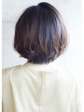 動きのあるカジュアルボブ / ロミー本厚木