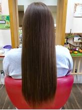 """美髪の3大本質""""つややかさ、うるおい、まとまり""""が持続するシステムTr≪DEMI コンポジオ≫使用*"""
