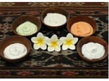その日の気分や体調で10種類のアロマの香でから選べます♪