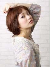 白髪が気になり始めた30代・40代。明るい色から暗い色まで多数取り揃えてます。色持ちの良さは絶品☆