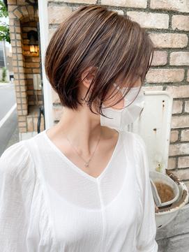 【roijir 山岸】20代30代髪型 大人ショート ハイライト 前髪なし