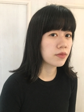 切りっぱなし黒髪ミディアム.27