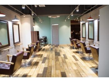 ニースヘアギャラリー 上野御徒町店(Neece hair gallery by across)(東京都台東区)