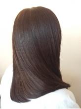 ≪美髪再生インナートリートメント≫で真の髪の状態に戻し、ノンストレスな美髪を取り戻しましょう…♪