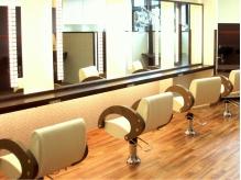 ノブヘアデザイン 杉田店(NOB hairdesign)