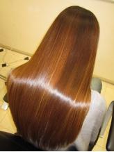 髪が傷むのも不自然なストレートももう嫌!という方にオススメ☆【学割】で30%オフ!