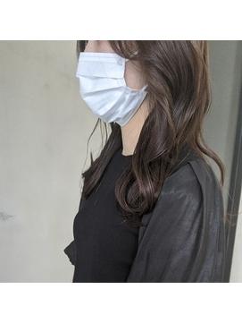 韓国人風レイヤーカット × 圧倒的透明感カラー《 北野莉亜 》