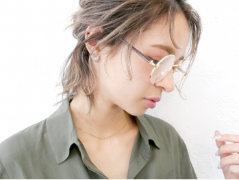 アース 新宿店(HAIR&MAKE EARTH)