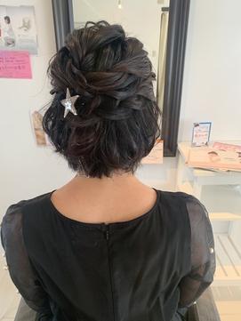 ショートハーフアップ 黒髪 ドレスヘア 結婚式 パーティー