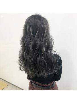 Lee梅田◆黒髪風ハイライト×透明感ブルージュ×3Dカラー
