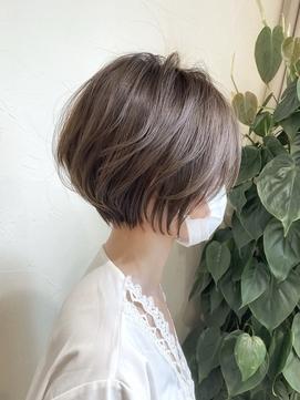 丸みショート+ブルージュカラー30代40代【浦野一行】