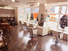 �w�A�[�f�U�C�� �L���[�V�[�c�[(HAIR DESIGN QC2)