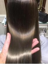 『髪の悩み』は様々な要因がある…そんな一人ひとりの髪質に合わせた最適な施術をご提案する高品質サロン