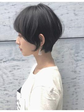 to/na・40代50代60代小顔シルエットショートパーマ黒髪