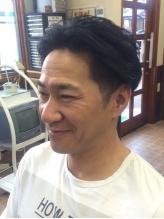 毛量や髪質を見極めて「似合う」髪型をご提供。話しやすいスタイリストだから、気負わず気軽に通えます。