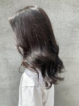 ヨシンモリ★暗髪でも透明感♪アッシュカラー×毛先カール