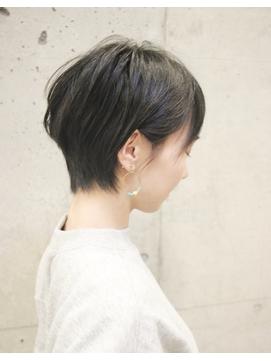 マッシュショート丸みショート黒髪エッジショート3Dカラー