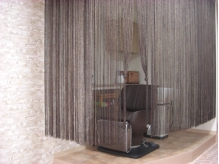 シャンプー台は個室っぽく♪フルフラットになる椅子でのんびり