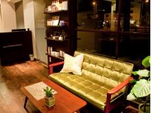 癒しのグリーンのソファで一息タイム♪♪