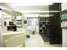 【男性(メンズ)専門美容室】Hulili -men's hair salon-新宿