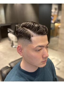 七三分けくせ毛カットサイドグラデーション短髪パーマO