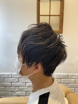 *マッシュウルフ×黒髪*