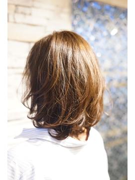 20代30代40代新宿ひし形外ハネ大人可愛い薄め前髪斜めミディアム