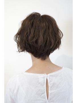 [30代・40代大人女性]波ウェーブショートボブ中目黒