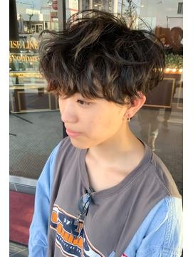 ハンサムショート_刈り上げ女子_ツイストパーマ_イケメン/106
