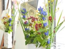 お花は毎週かえてマス。
