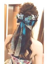 花嫁色ドレスお色直しヘアスタイル リボン.31