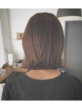 切りっぱなしボブ まとめ髪.18