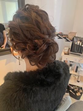 ドレスアップ 結婚式ヘア お呼ばれヘア 崩れない ルーズアップ