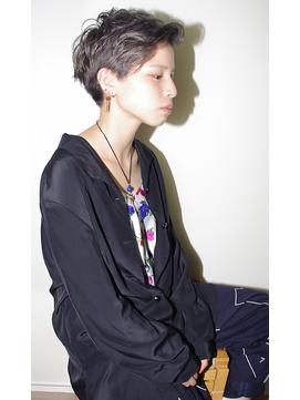 【micca下北沢】シルバーカラーツーブロックハンサムショート☆