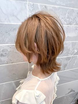 【AUBE HAIR】ソフトウルフレイヤー_ミルクティーベージュ