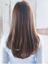髪質・お悩みに合わせてオーダーメイド♪最上級トリートメント『Aujua』で、柔らかく艶サラな美髪へ!
