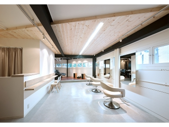 ベイス デザイン(Base Design)(大阪府大阪市西区/美容室)