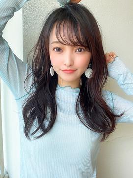 アフロート矢田菜津紀 くびれロングヘア 小顔レイヤー髪型