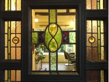 ステンドグラスを用いた1920年代のイギリス製アンティークドア