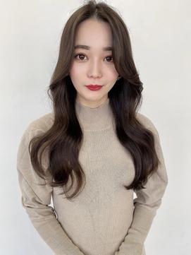 韓国スタイル くびれるヨシンモリヘア