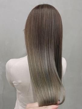 【望月】艶髪ロング ハイトーンカラー ストレートスタイル
