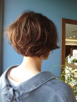 《Kubu hair》ショートボブパーマスタイル