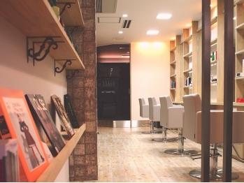 サロン リリック(Salon de Lyrique)(大阪府大阪市東淀川区/美容室)