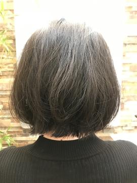 エアリーパーマで黒髪でもゆるふわふんわり♪