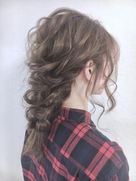 女性らしくて上品♪「編み下ろし」スタイル      Celeste荻窪