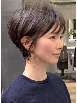 小顔ショート/30代・40代/大人ヘアスタイル/吉瀬美智子